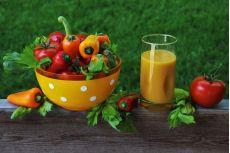 Băuturile din fructe, legume şi plante