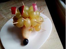 Decoraţiuni cu fructe