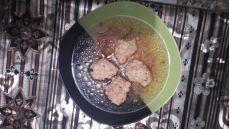 3 rețete de perișoare pentru ciorbă: tradiționale, cu nuci sau cu turmeric și ginseng