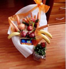 Buchete din flori, din fructe sau din legume – Martie cu bine